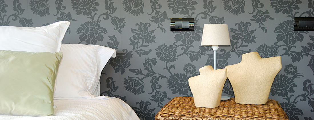 wallpaper hanging and wallpapering in Leicester by Mark Rogers Decorating